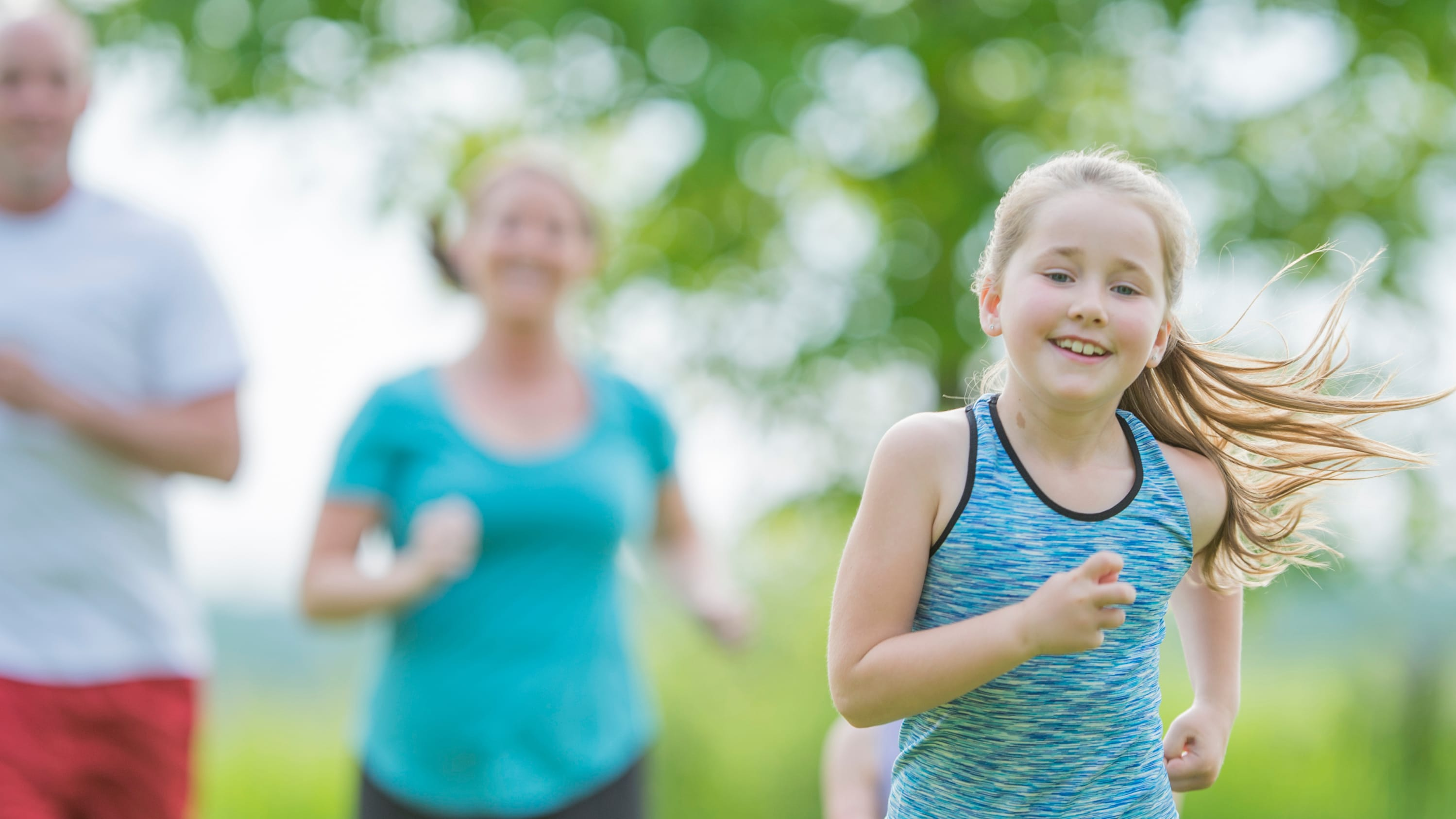 A girl doesn't let congenital heart disease stop her from running.
