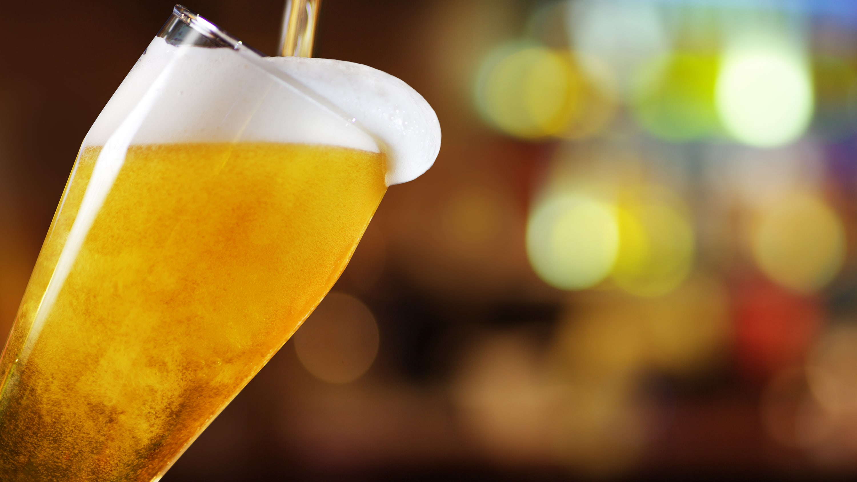 beer, along with other alcoholic drinks, may lead to liver disease.