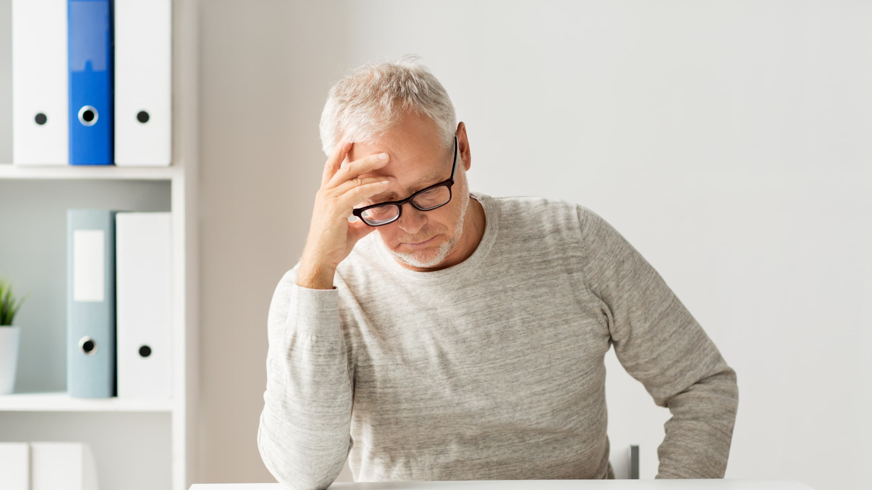 older man worried, possibly about a liver cancer diagnosis