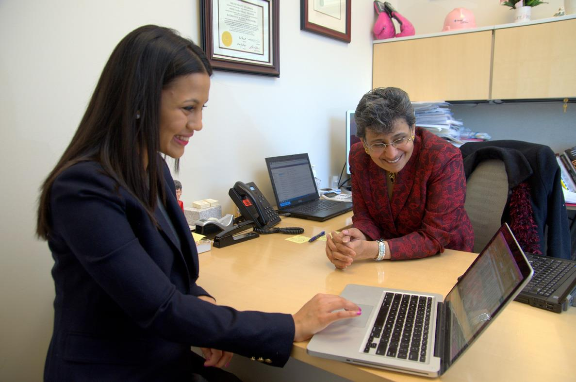 Charuta Gavankar reviewed her data on hospital readmissions with her mentor Anees Chagpar.