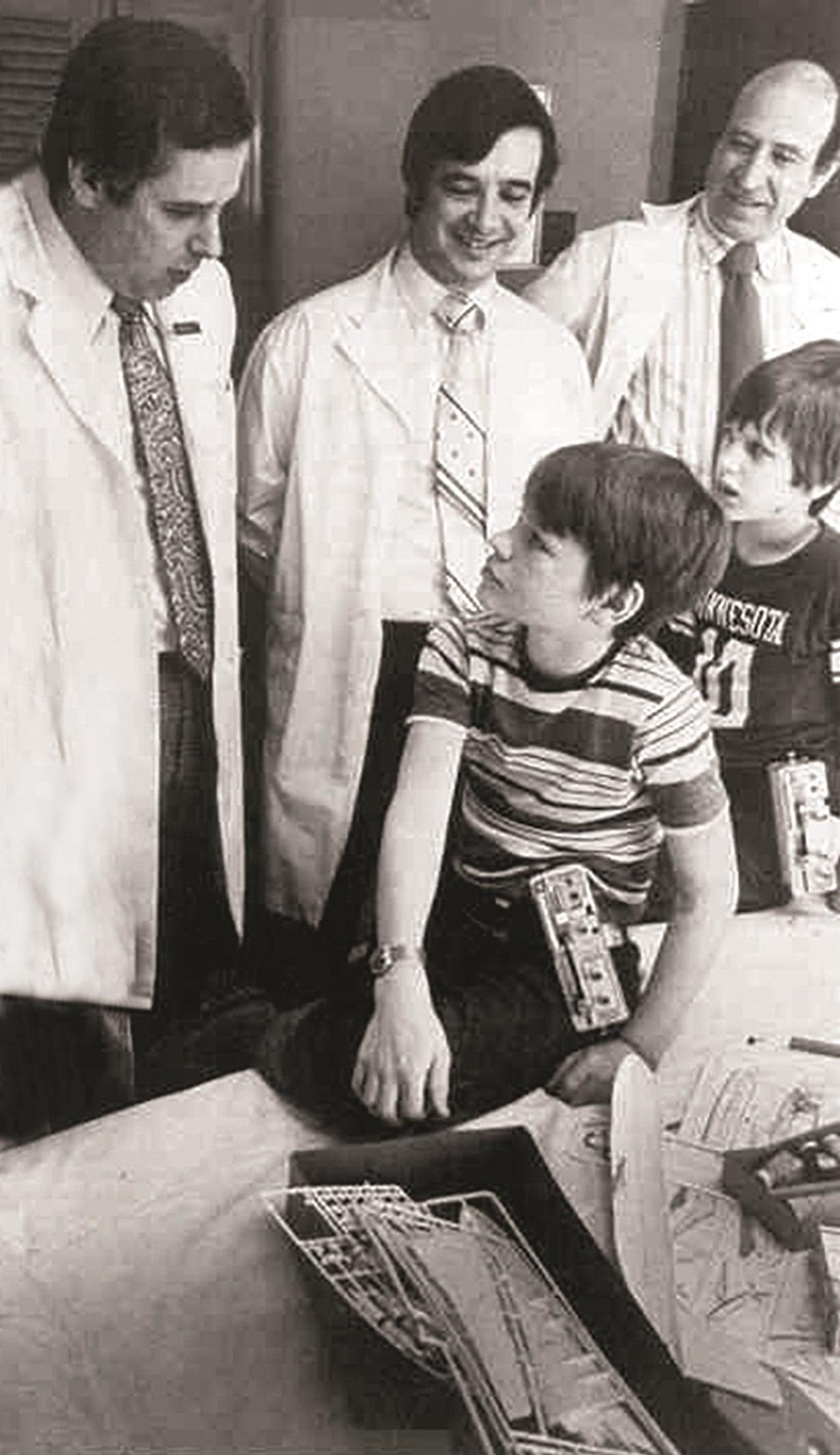 First insulin pump 1979