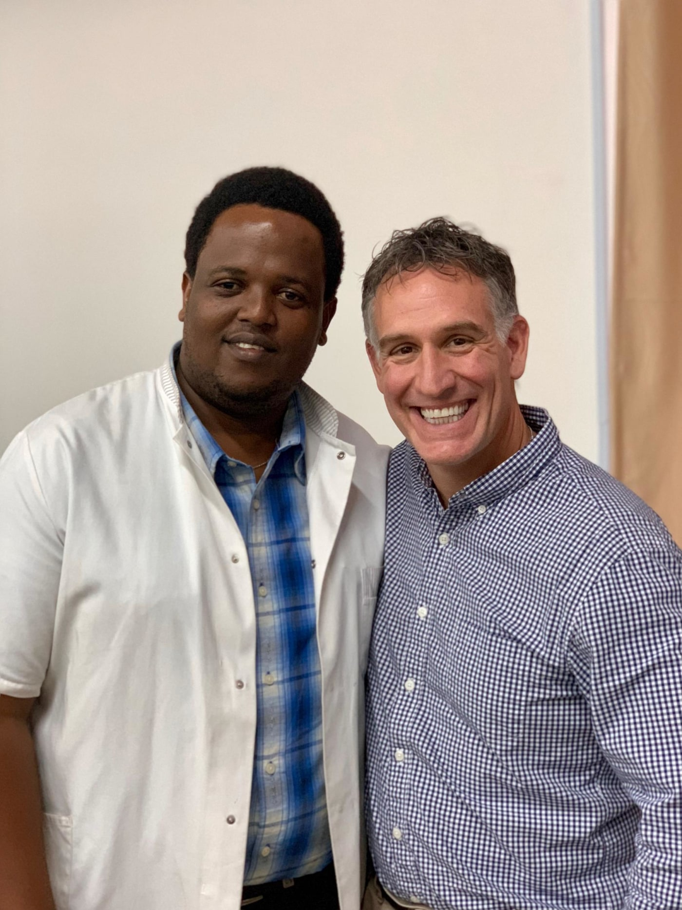 Tanzanian IR resident Dr. Erick Mbuguje with visiting IR faculty Dr. David Prologo from Emory.