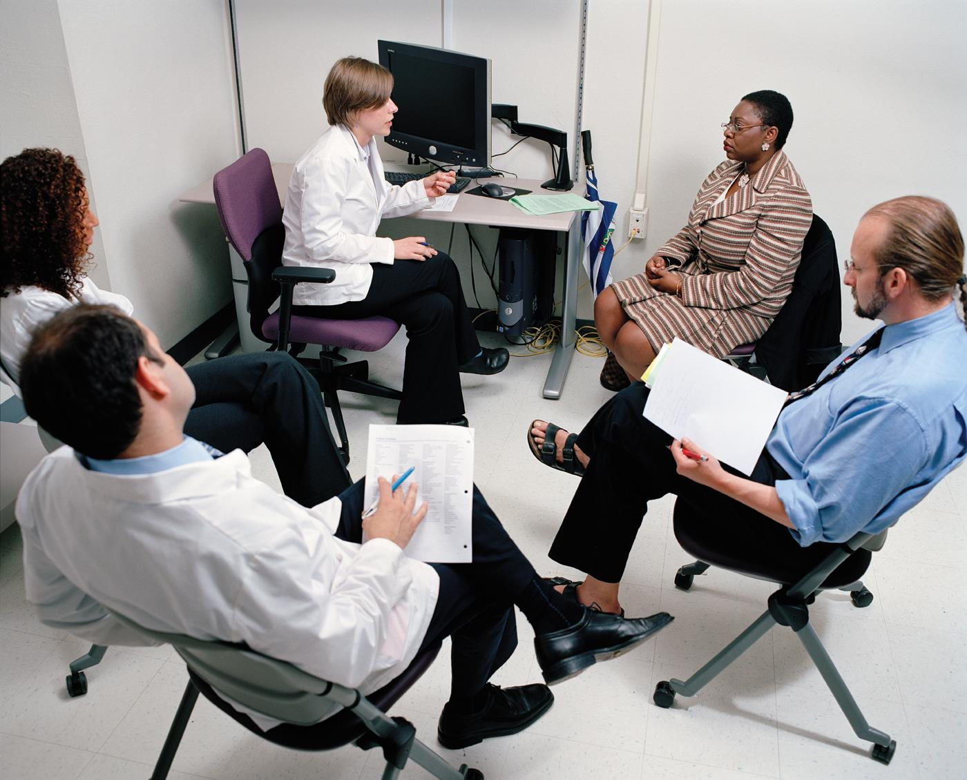 A first-year student interviewing a standardized patient