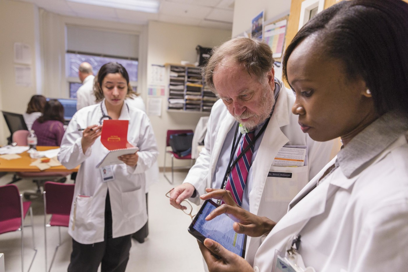 medical student Ruth Wang'ondu and Robert Baltimore, the clinic's director