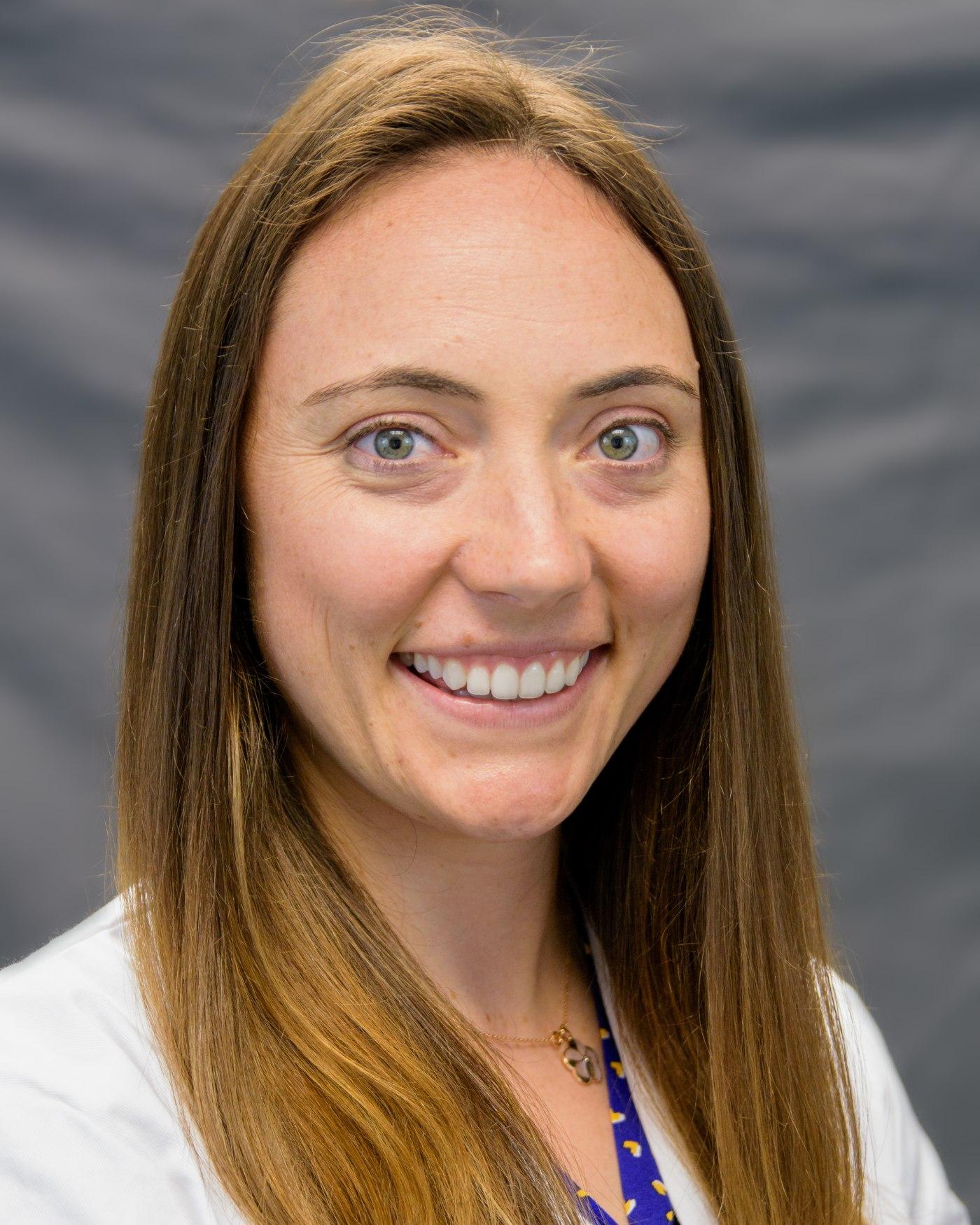Dr. Alana Munger