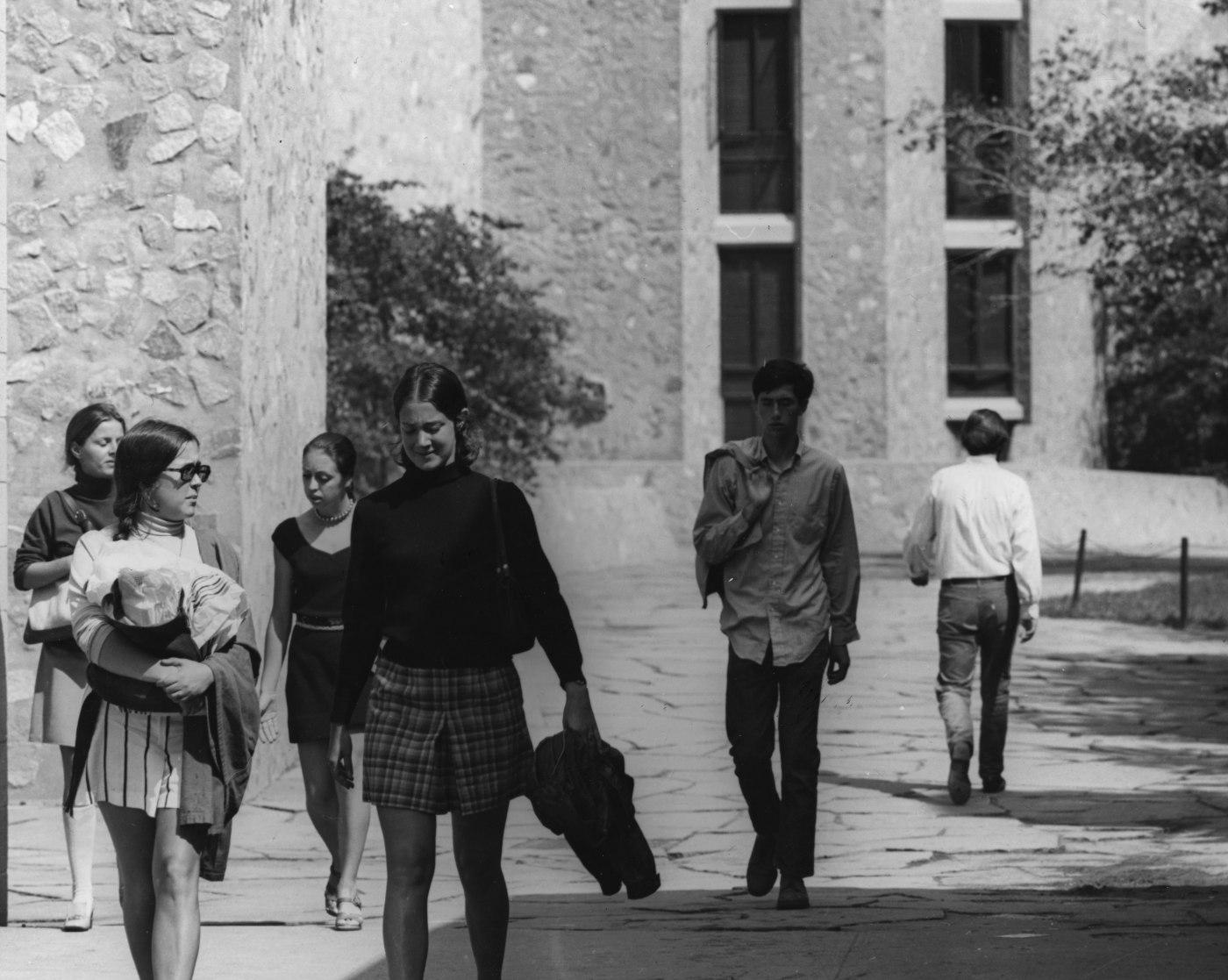 Women at Yale