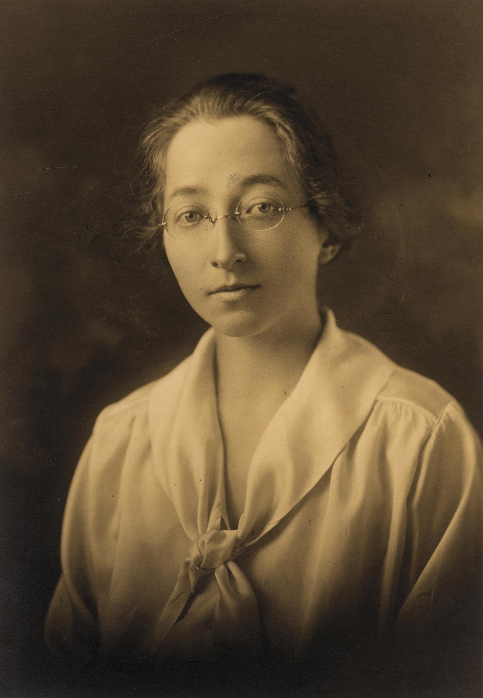 Louise Farnam
