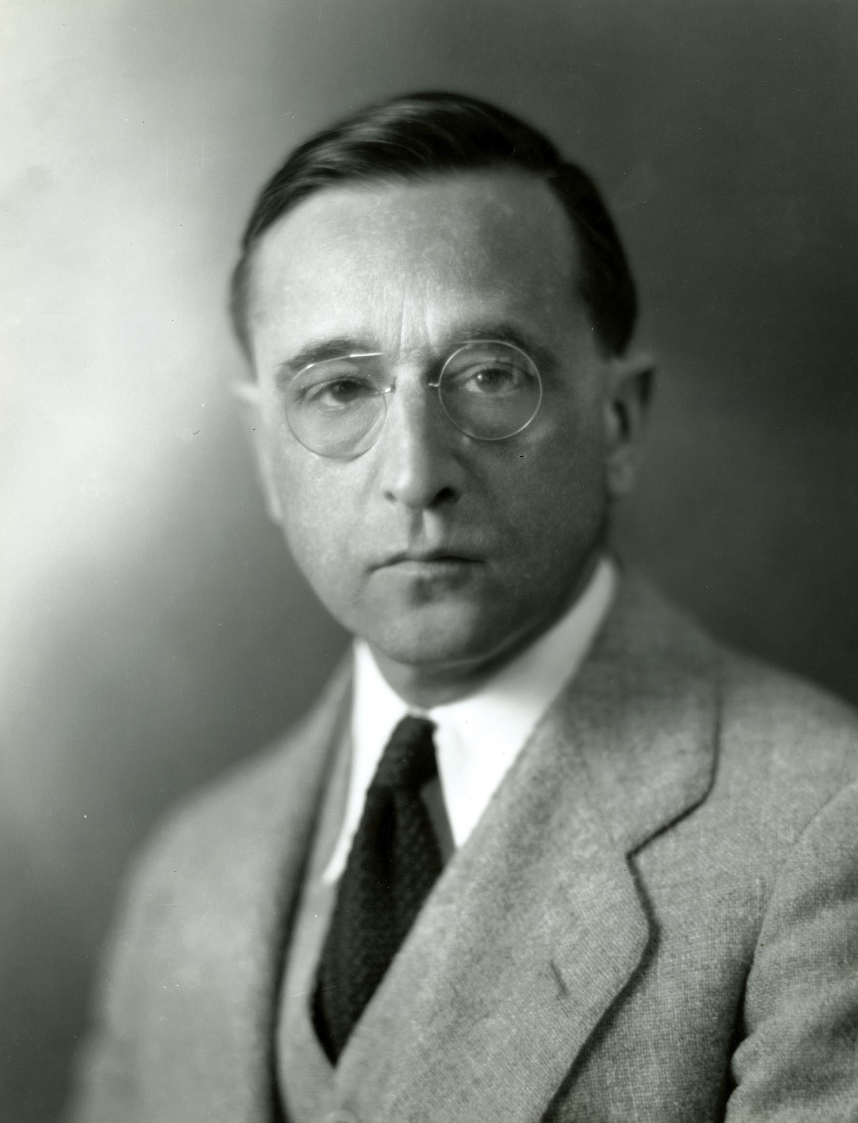 Dean Milton Winternitz