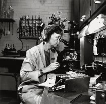 Dorothy Horstmann at a microscope