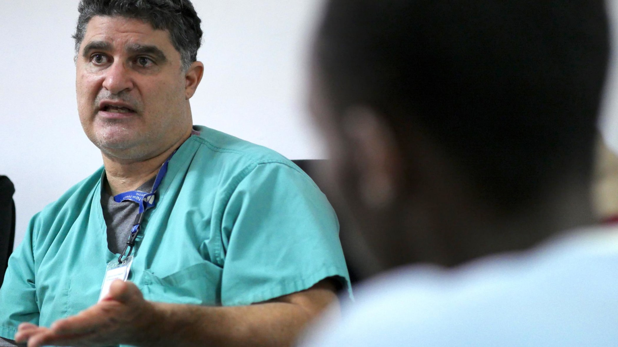 Dr. Douglas Silin during a group discussion with Tanzanian IR residents.