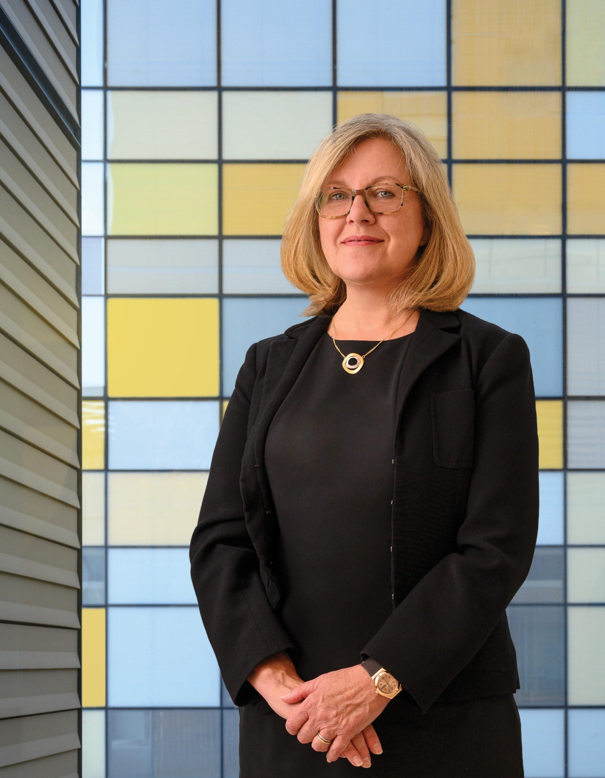 Dr. Barbara Burtness