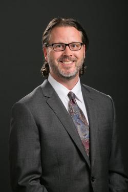 Headshot of Peter C. Smith, DVM