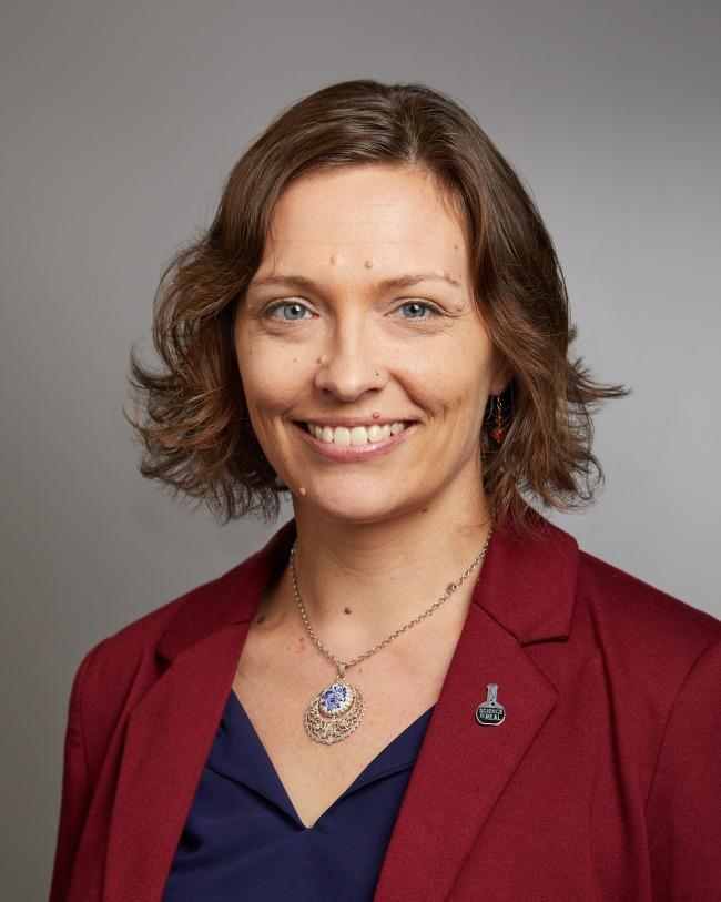 Amanda M. Dettmer