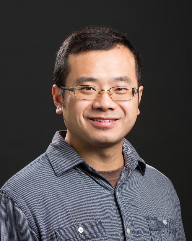 Yi Xie
