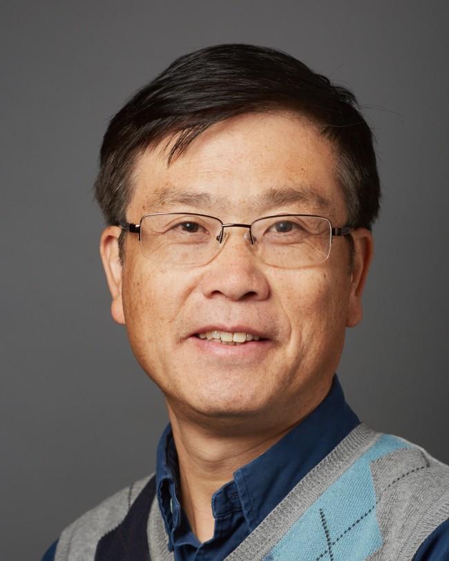 Xian-Man Zhang