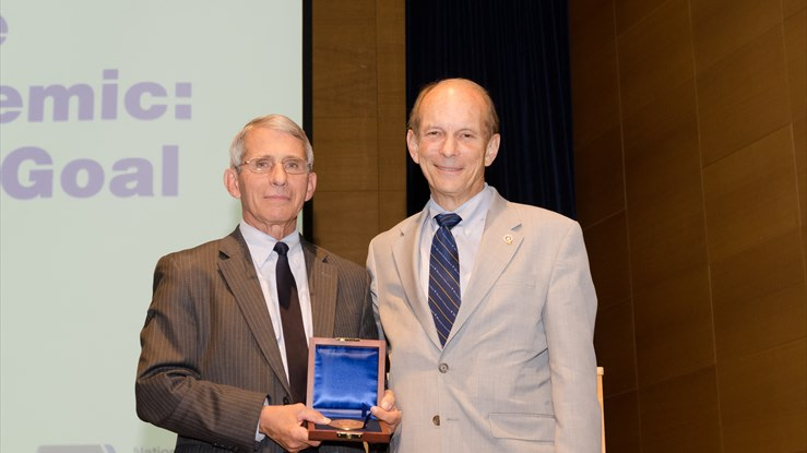 Anthony Fauci Receives Winslow Medal