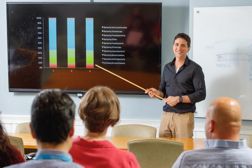 Dr. Alper teaching at Fellows' conference Aero Digestive Program