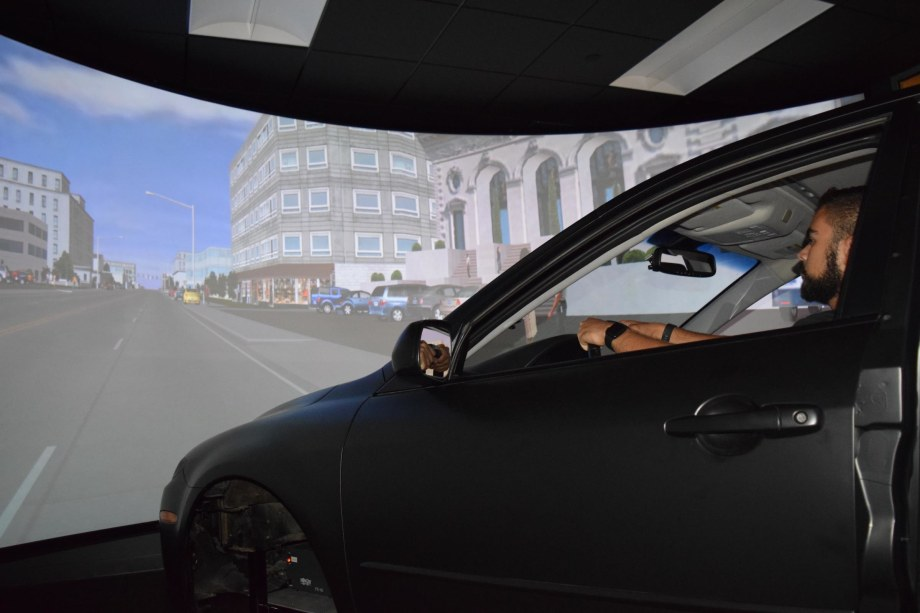 Running simulator with screen