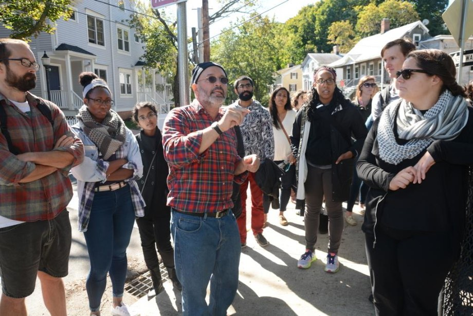 Community organizer Lee Cruz led students in medicine, nursing, and the Physician Associate Program on a tour of Fair Haven last year.