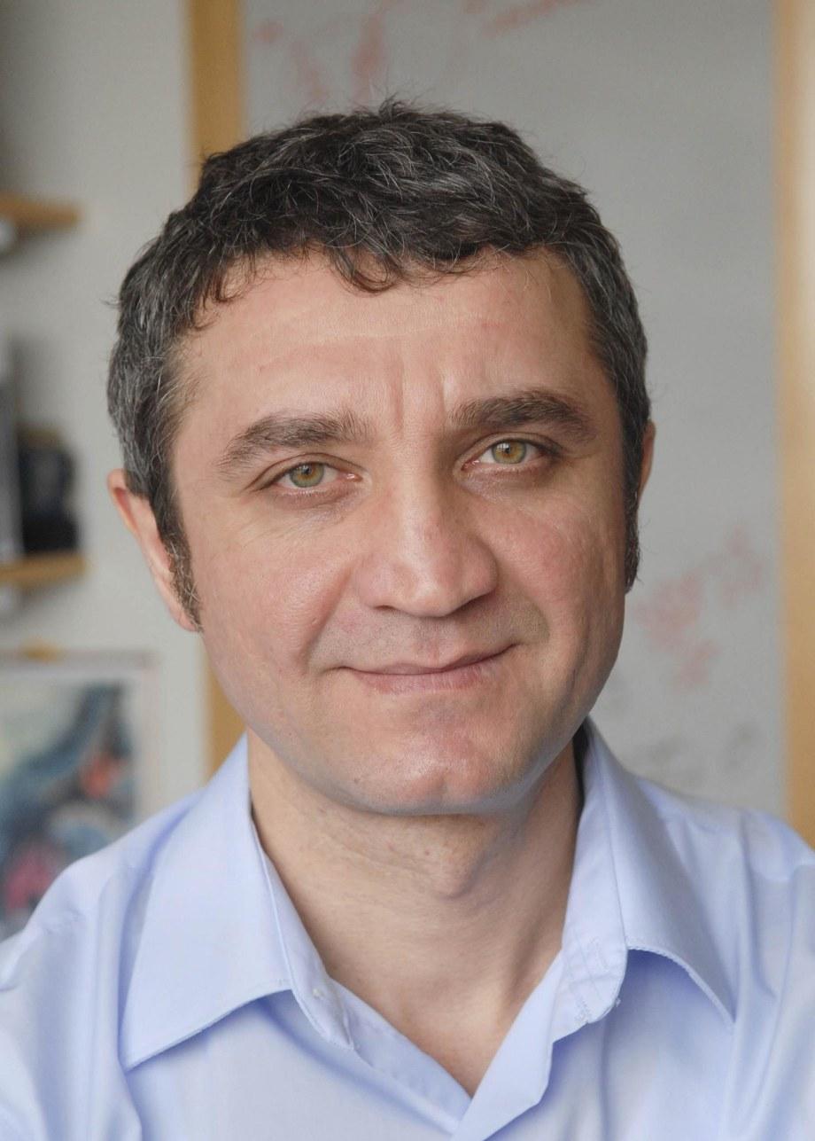 Medzhitov