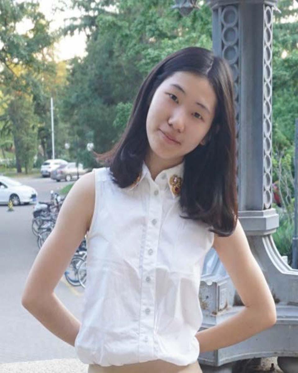 Lingzhi Chu
