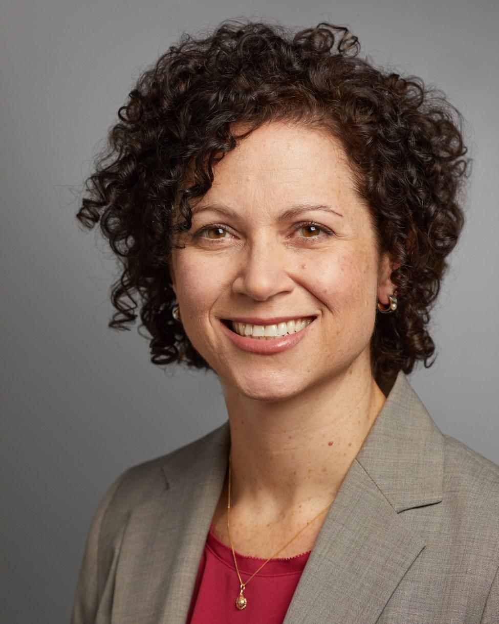 Suzanne Macari