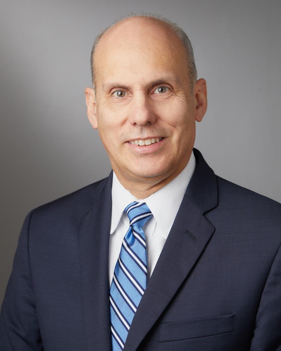 Raul J Guzman